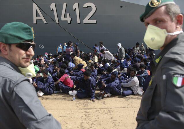 İtalya- sığınmacı