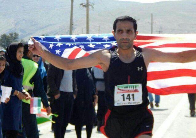İranlı koşucu Akbar Naghdi