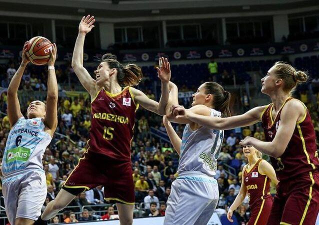 Fenerbahçe - Nadezhda