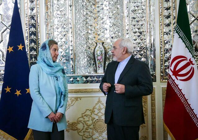 AB Dış İlişkiler ve Güvenlik Politikası Yüksek Temsilcisi Federica Mogherini - İran Dışişleri Bakanı Muhammed Cevad Zarif