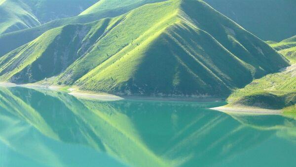Kezenoyam Gölü - Sputnik Türkiye