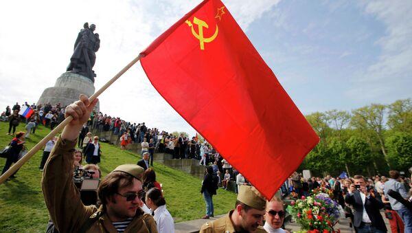 Sovyetler Birliği'nin Nazi Almanyası'nı yenilgiye uğrattığı 9 Mayıs Zafer Günü kutlamaları - Sputnik Türkiye