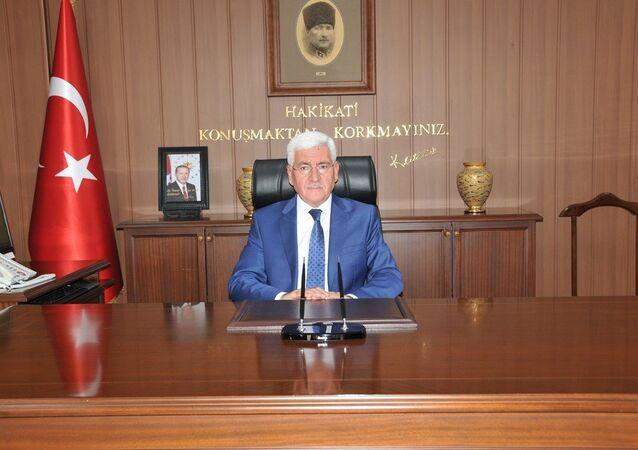 Karaman Valisi Murat Koca