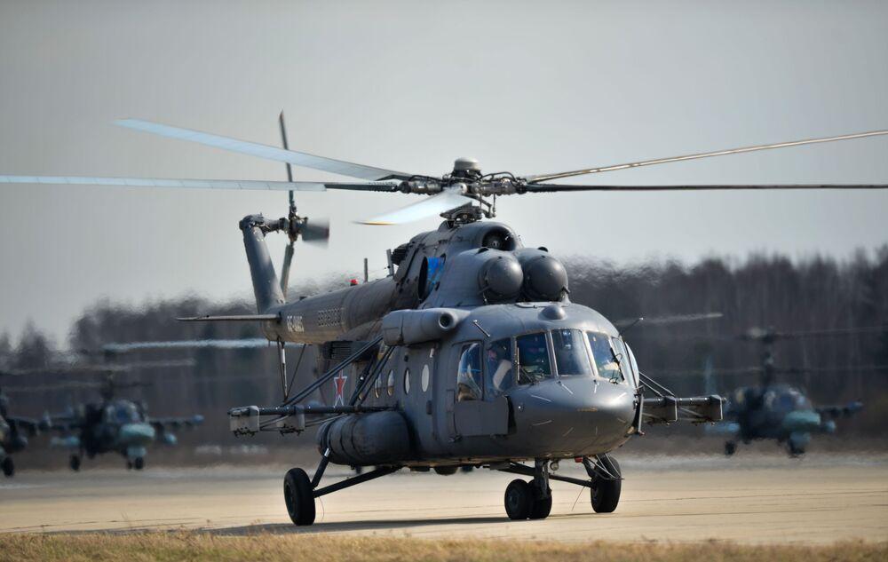 Rusya Hava Kuvvetlerinin 9 Mayıs provası