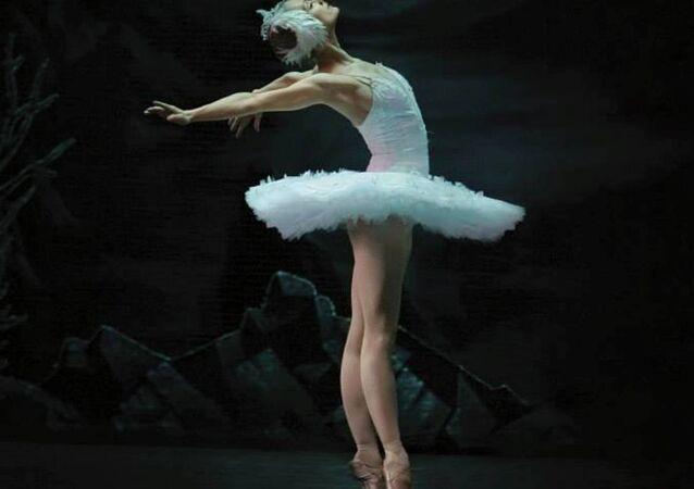 Rus balerin İrina Kolesnikova