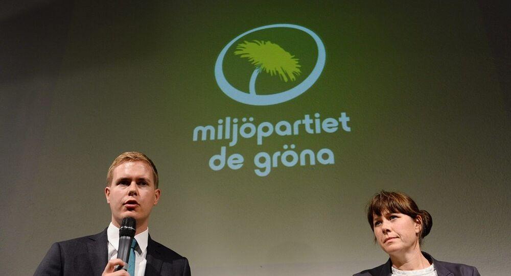 İsveç'te Yeşiller Partisi liderleri olan Başbakan Yardımcısı Åsa Romson and Eğitim Bakanı Gustav Fridolin