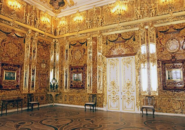 Ekaterina Sarayı'ndaki Kehribar Oda