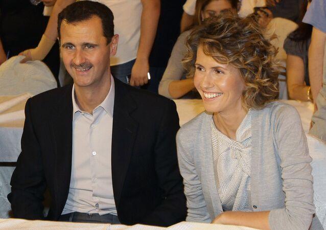 Suriye Devlet Başkanı Beşar Esad, eşi Esma ile