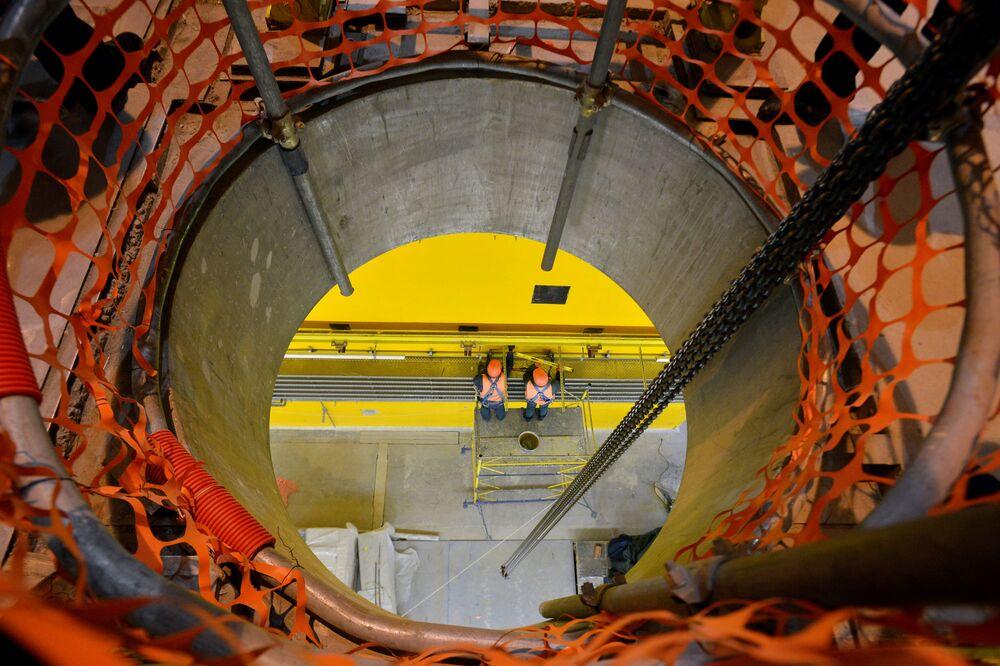 Çernobil nükleer santrali yakınındaki işlenmiş 'kuru' yakıt deposu.