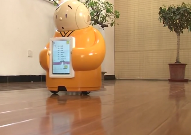 Robot keşiş Budizm öğretiyor