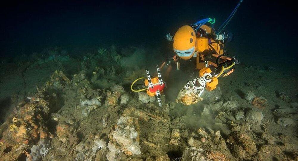 Yapay zekalı dalgıç robot