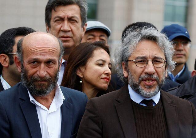 Cumhuriyet Gazetesi Genel Yayın Yönetmeni Can Dündar ile Ankara Temsilcisi Erdem Gül