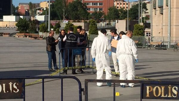 Can Dündar'a silahlı saldırı girişimi - Sputnik Türkiye