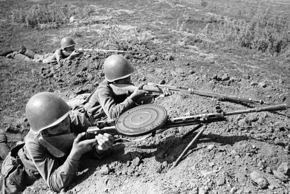 Sovyetler Birliği'nin İkinci Dünya Savaşı'nda kullandığı silahlar