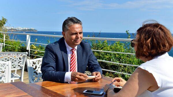 Muratpaşa Belediye Başkanı Ümit Uysal - Sputnik Türkiye