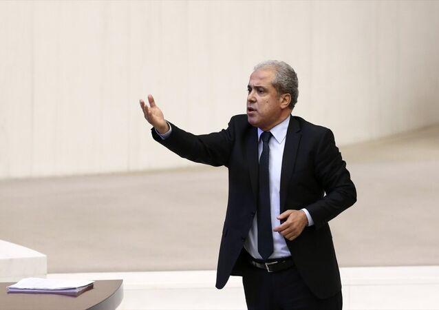AK Parti Gaziantep Milletvekli Şamil Tayyar, TBMM Genel Kurul çalışmlarına katılarak konuşma yaptı. Tayyar'ın konuşması esnasında AK Parti milletvekilleri ile CHP milletvekilleri arasında gerginlik yaşandı.