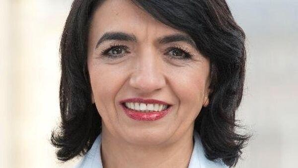 Almanya Württemberg Eyalet Parlamentosu Başkanı Muhterem Aras - Sputnik Türkiye