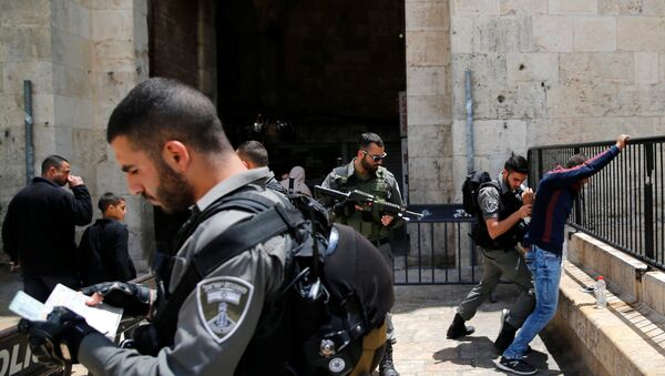 İsrail - Filistin / Polis kontrolü / Kudüs - Şam Kapısı - Sputnik Türkiye