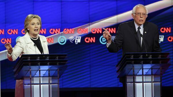 Hillary Clinton- Bernie Sanders - Sputnik Türkiye