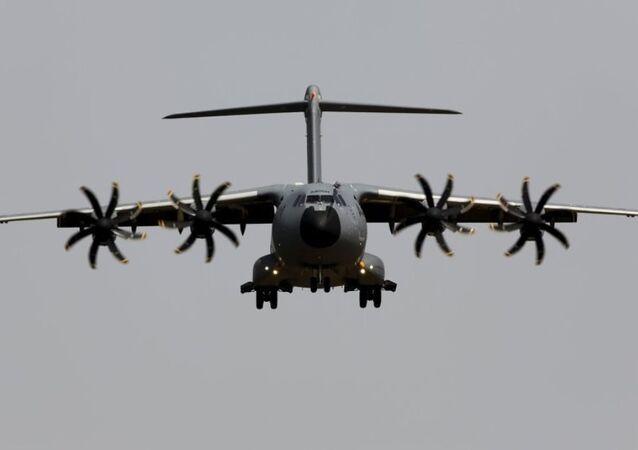 Airbus A400M askeri kargo uçağı