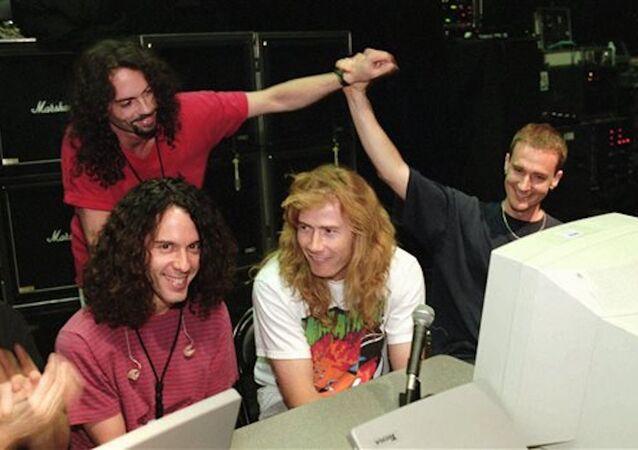 Megadeth'in eski davulcusu Nick Menza