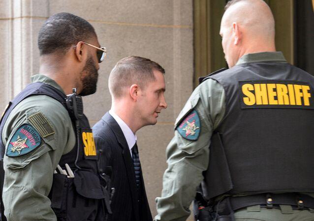 Freddie Gray'in ölümüyle alakalı olarak hakkında dört farklı dava açılan polis memuru Edward Nero