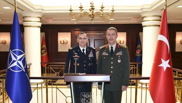 Genelkurmay Başkanı Orgeneral Hulusi Akar ve NATO Müttefik Harekat Komutanı Orgeneral Curtis M. Scaparrotti - Sputnik Türkiye