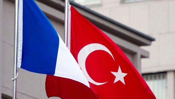 Fransa -  Türkiye - Bayrak - Sputnik Türkiye