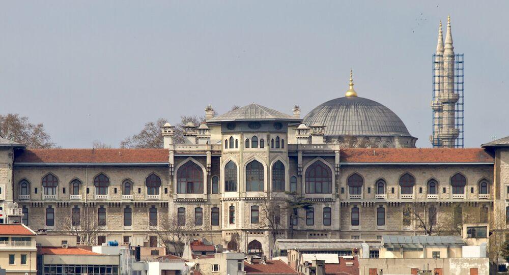 İstanbul Erkek Lisesi.