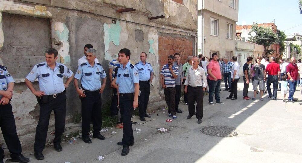 Bursa'da mahalle sakinleriyle Suriyeliler kavga etti