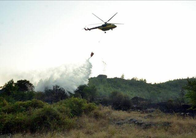 Orman yangını - helikopter