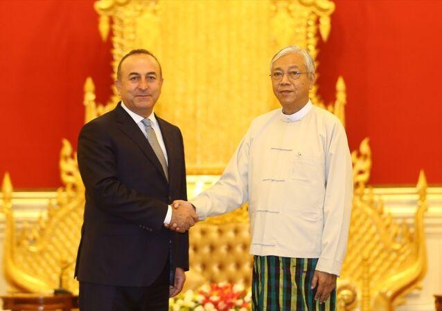 Dışişleri Bakanı Mevlüt Çavuşoğlu ve Myanmar Devlet Başkanı Htin Kyaw