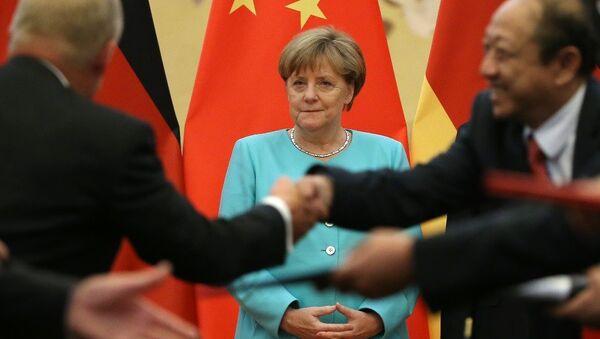 Angela Merkel - Çin - Sputnik Türkiye