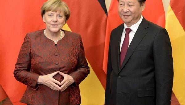 Almanya Başbakanı Angela Merkel- Çin lideri Şi Cinping - Sputnik Türkiye