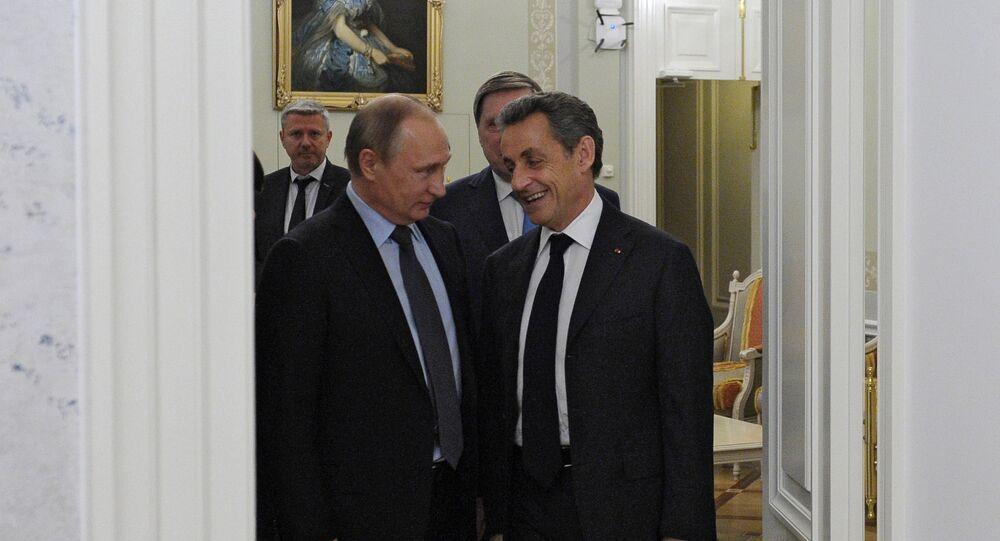 Rusya Devlet Başkanı Vladimir Putin- Eski Fransa Cumhurbaşkanı Nicolas Sarkozy