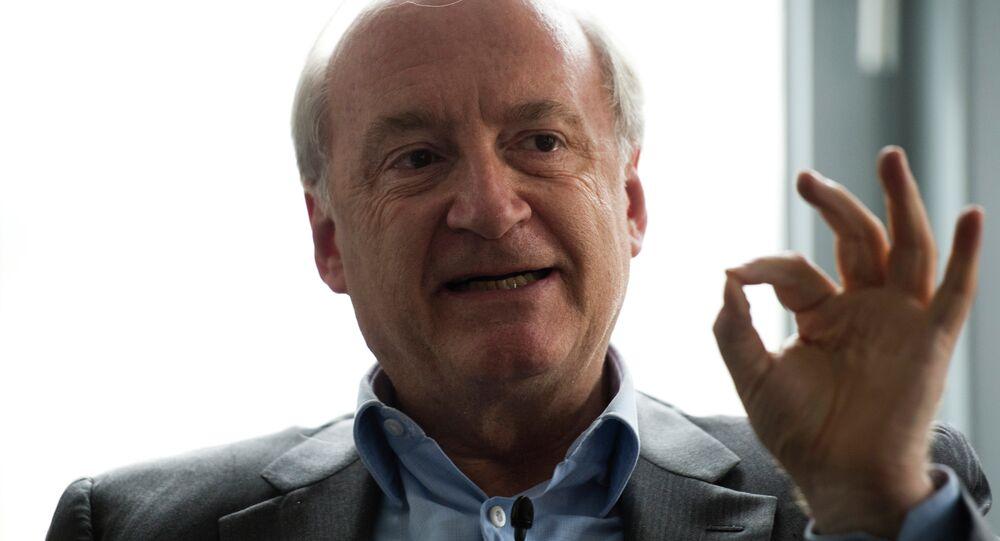 Fransa eski Dışileri Bakanı Hubert Vedrine