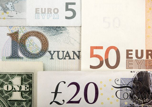 Para-euro-dolar-pound-yuan
