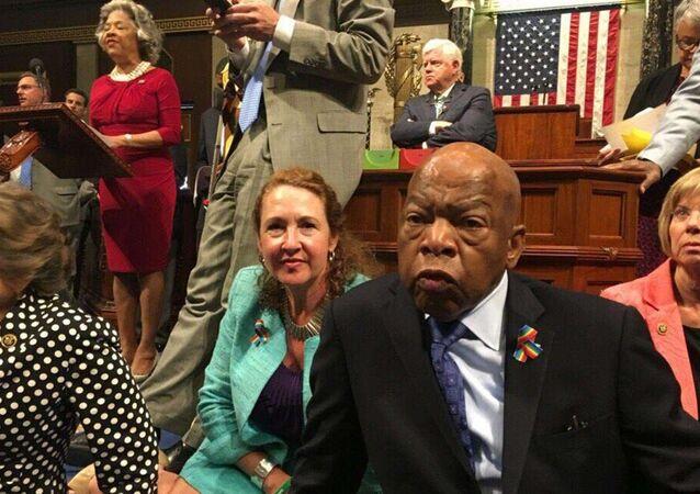 ABD'li Demokratlardan Kongre'de oturma eylemi