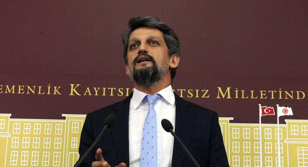 HDP İstanbul Milletvekili Garo Paylan.