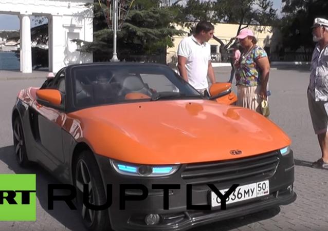 Moskova Devlet Teknik Üniversitesi tarafından geliştirilen 'Kırım' isimli spor araba, yarımadanın Sivastopol kentinde tanıtıldı.