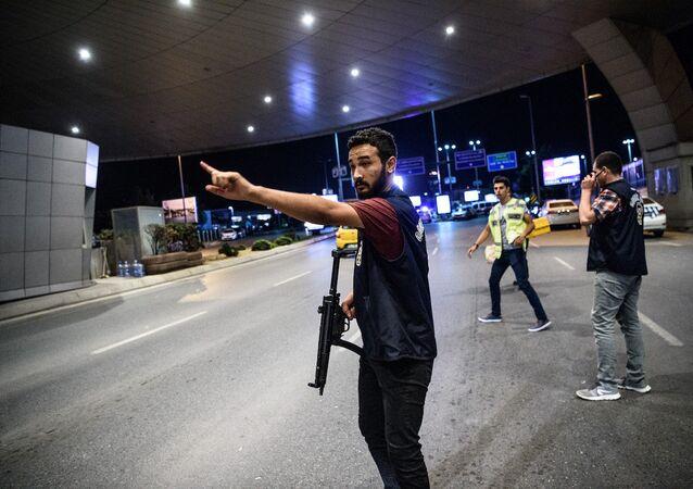 Atatürk Havalimanı'nda saldırı