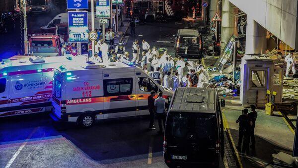 İstanbul Atatürk Havalimanı'nda saldırı - Sputnik Türkiye