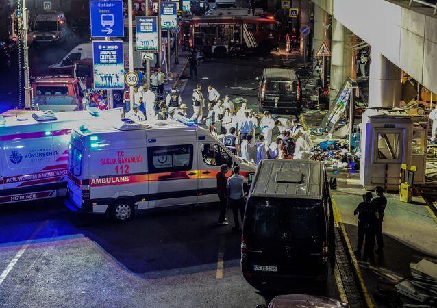 İstanbul Atatürk Havalimanı'nda saldırı