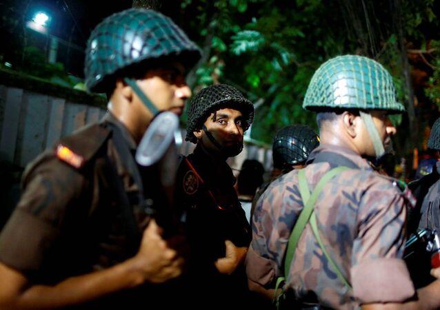 Bangladeş'te saldırı.