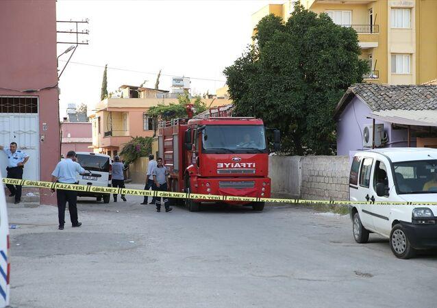 Reyhanlı'da bir evde patlama: 2 Suriyeli öldü