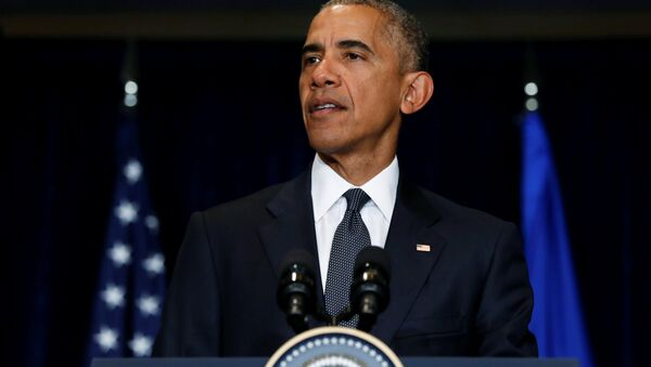 ABD Başkanı Barack Obama, Dallas saldırısının ardından NATO Zirvesi için gittiği Polonya'da açıklama yaptı. - Sputnik Türkiye
