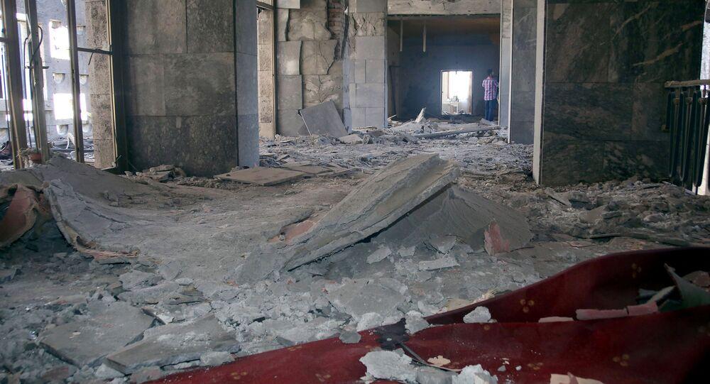 Darbe girişimi sırasında bombalanan TBMM'de en fazla hasar, başbakanlık makamının da bulunduğu 1.kat ile Şeref Holü'nde yaşandı.