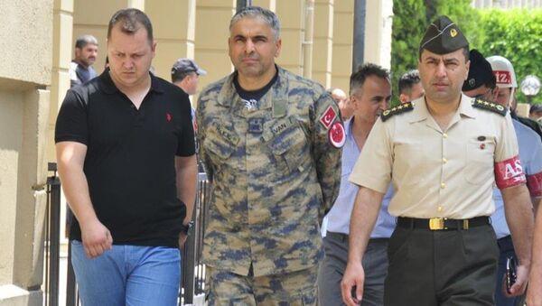 İncirlik komutanı ABD'den sığınma talebinde bulundu - Sputnik Türkiye