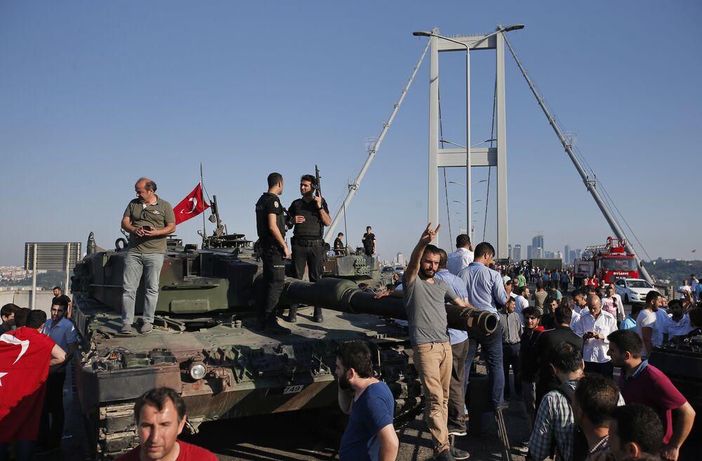 Türkiye'de darbe girişimi