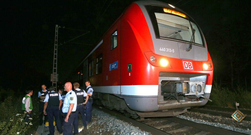 Almanya'nın Würzburg kentindeki trene düzenlenen baltalı saldırı